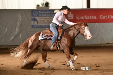 germany-reining-quarter-horse-stallion-at-stud-nd-gun-sawyer-2010 circle
